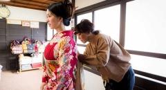 Du lịch Kyoto, diện Kimono chụp ảnh khiến du khách thích thú